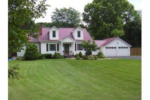 7860 Lee Hwy, Rural Retreat, VA 24368