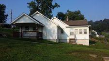 996 Mulga Rd, Wellston, OH 45692