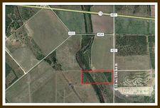 Cr 422, Three Rivers, TX 78071