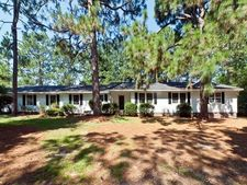 1770 E Indiana Ave, Southern Pines, NC 28387