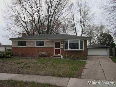 29363 Newport Dr Warren Mi 48088 Recently Sold Home