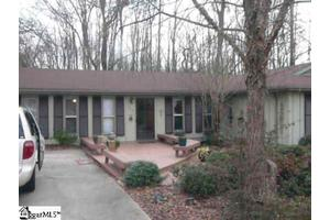 433 Fairview St, Fountain Inn, SC 29644