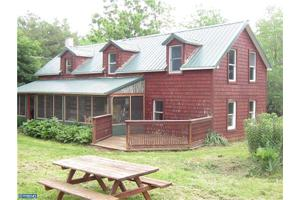 325 Red Pump Rd, Oxford, PA 19362