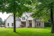 53333 Beech Grove Dr, Bristol, IN 46507