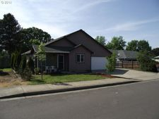 116 Getchell Ct, Amity, OR 97101