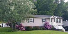 17 Park Dr, Lock Haven, PA 17745