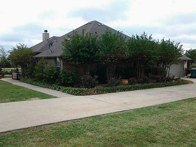 318 Fall Meadow Dr Sanger Tx 76266 Realtor Com 174