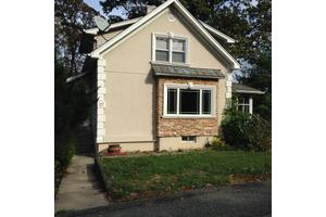 27 Maturan Ave, Lincoln Park Boro, NJ 07035