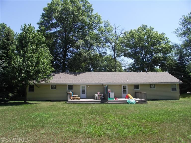 2775 132nd Ave, Holland, MI 49424