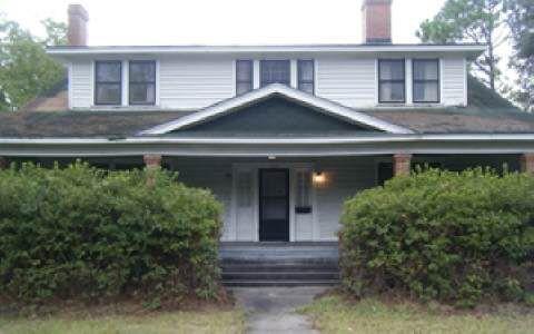 1103 N Jefferson St, Perry, FL 32347