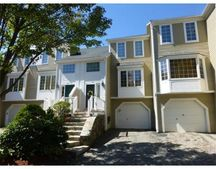 506 Browning Ln, Worcester, MA 01609