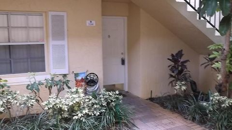 1010 Lake Shore Dr Apt 104, Lake Park, FL 33403