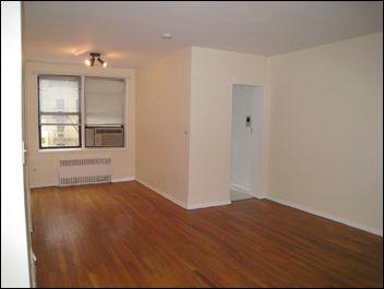 242 E 38th St Apt 3E, New York, NY