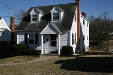 4 Pine Hill Dr, Highland Heights, KY 41076