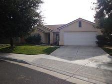 2713 E Hillview Ave, Fresno, CA 93720
