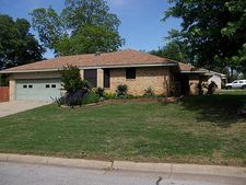 988 Harber Ave, Grapevine, TX 76051
