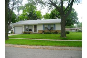 451 Charing Cross Rd, Elk Grove Village, IL 60007