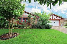 8207 Green Lawn Dr, Houston, TX 77088