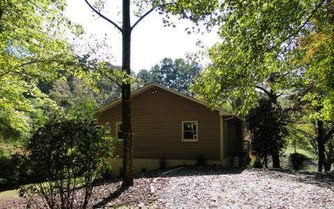 2383 Hidden Valley Rd, Hiawassee, GA
