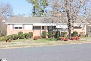 501 Great Glen Rd, Greenville, SC 29615