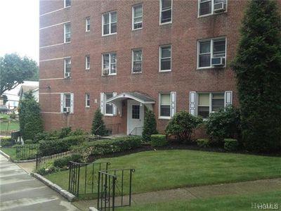 38 Laurel Pl Apt 2K, Yonkers, NY