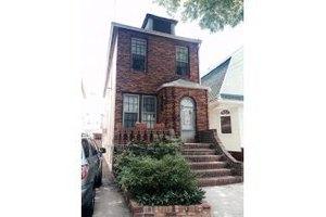 139 Van Sicklen St, Brooklyn, NY 11223