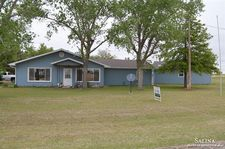 12 Lakeview Dr, Marquette, KS 67464