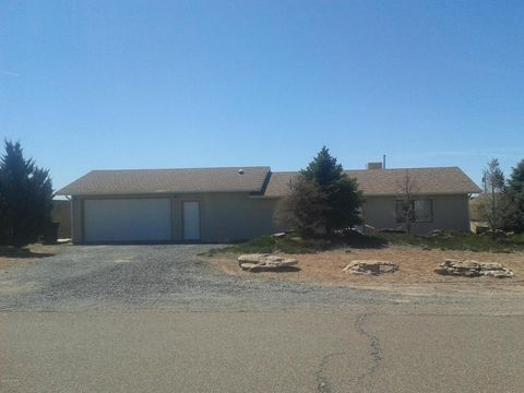 Photo of 203 W Carlos Ave, Holbrook, AZ 86025