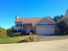 20 Scenic Hill Rd, Shelton, CT 06484