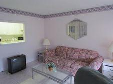 115 Kingswood F, West Palm Beach, FL 33417