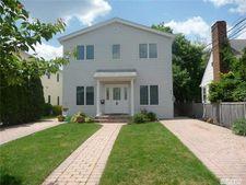 31 N Marwood Rd Unit D, Port Washington, NY 11050