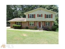 1673 Enchanted Forest Dr, Conley, GA 30288