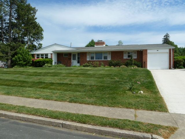 208 carey ln norristown pa 19403 home for sale and real estate listing