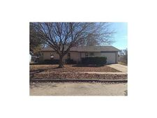 4025 Commonwealth Dr, Garland, TX 75043