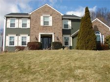 1256 Woodhill Dr, Gibsonia, PA 15044