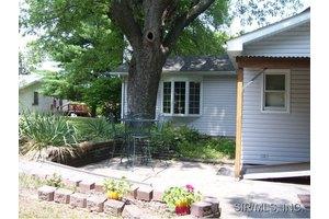 205 W Juda Ave, Collinsville, IL 62234