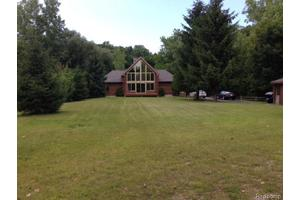 4660 Timber Lodge Dr, Clyde Twp, MI 48049