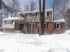 441 Yorkhill Rd, Yorktown Heights, NY 10598