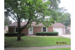 5117 Highcrest Rd, Rockford, IL 61107