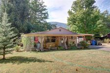 275 W Evans Creek Rd, Rogue River, OR 97537