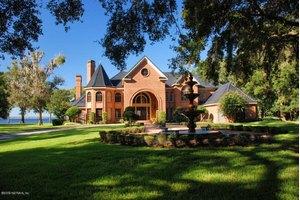 1235 Terrace Oaks Ln, Jacksonville, FL 32223