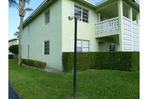 1020 Silk Oak Ter Apt 101, Delray Beach, FL 33445