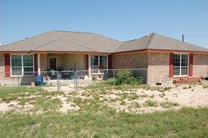 316 Pr # 4222, Hondo, TX 78861
