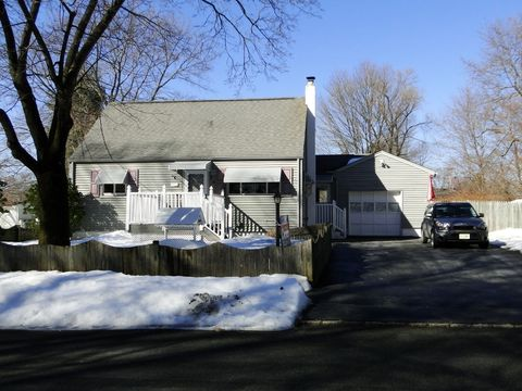 6 Green Rd, Mine Hill, NJ 07803