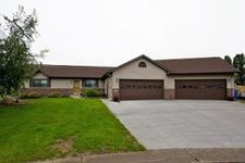 220 Nicholas Dr, City Of Lewiston, MN 55952