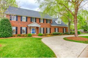 4 Ashton Ct, Greensboro, NC 27410