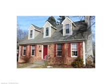 195 S Main St, Colchester, CT 06415