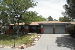 2440 Algodones St NE, Albuquerque, NM