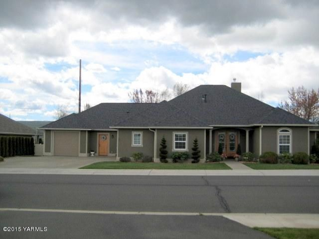 8816 braeburn loop yakima wa 98903 home for sale and