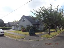 320 Cleveland St, Hoquiam, WA 98550